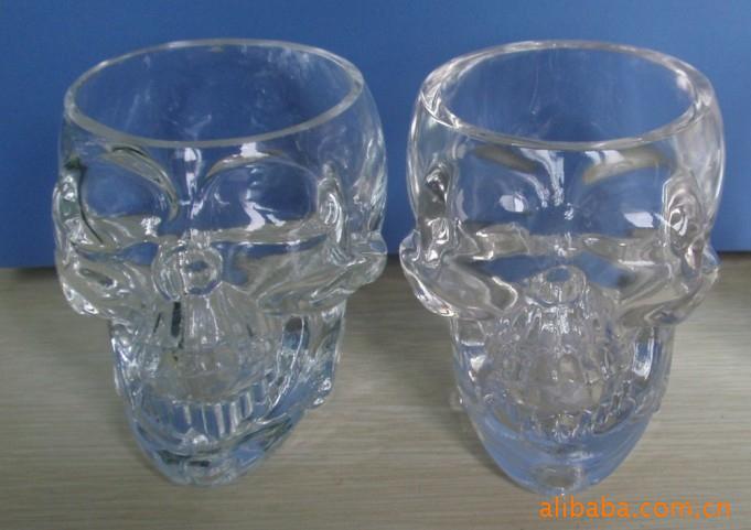 供应烈酒-采购杯子头酒杯、创意门牙杯、视频骷髅短图片