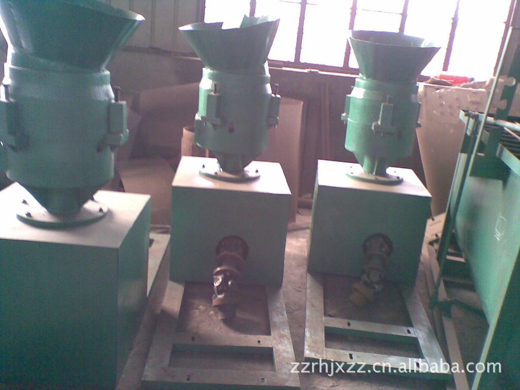 河南瑞恒供应平模式饲料颗粒机,价格公正,值的首选。