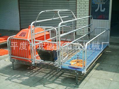 厂家直销 母猪分娩床 定位栏