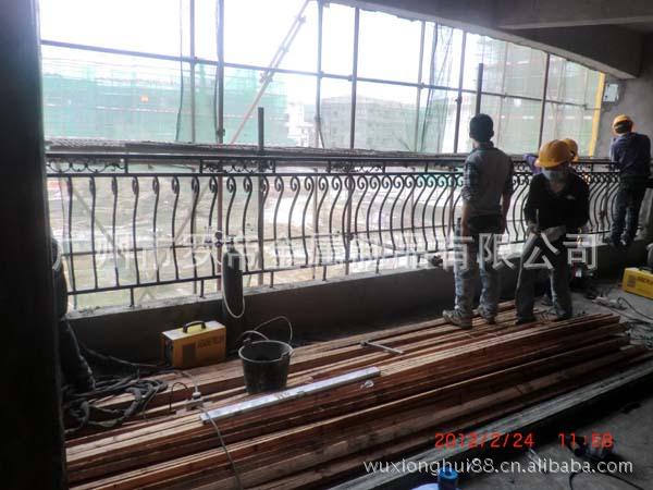 厂家订做上市公司碧桂园专用铸铁凸肚栏杆\/铁
