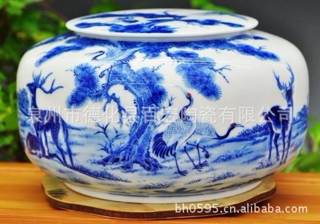 精品高档礼品手绘陶瓷密封茶叶罐子茶罐 青花醒茶罐鹿鹤同春