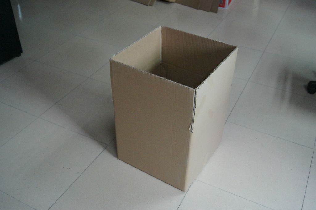 广州深圳东莞正方形五层空白纸箱 300 300 300mm