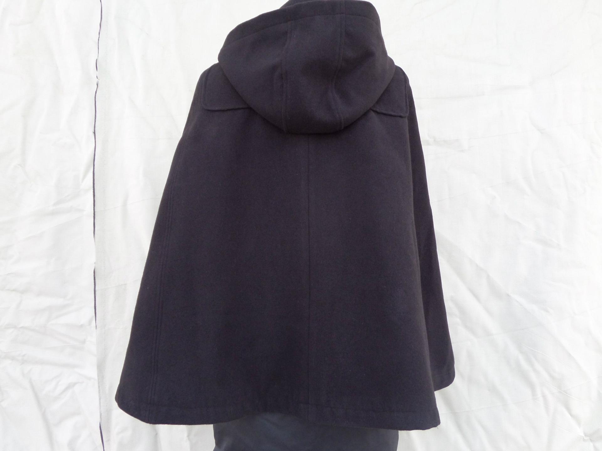 女式斗篷外套_女式 斗篷 风衣