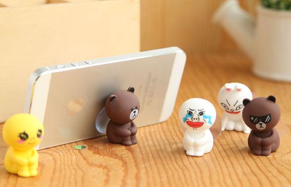 Đế đỡ điện thoại gấu brown và thò cony
