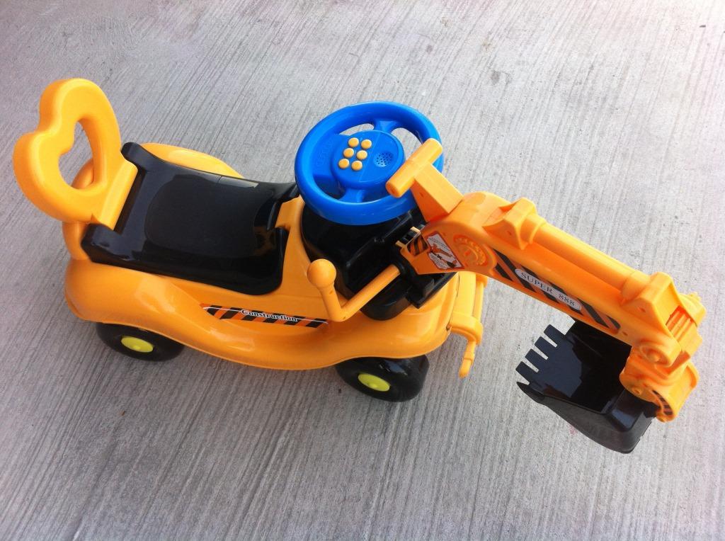 新款儿童助步车 儿童音乐挖土机 儿童玩具车 厂家直销 批发