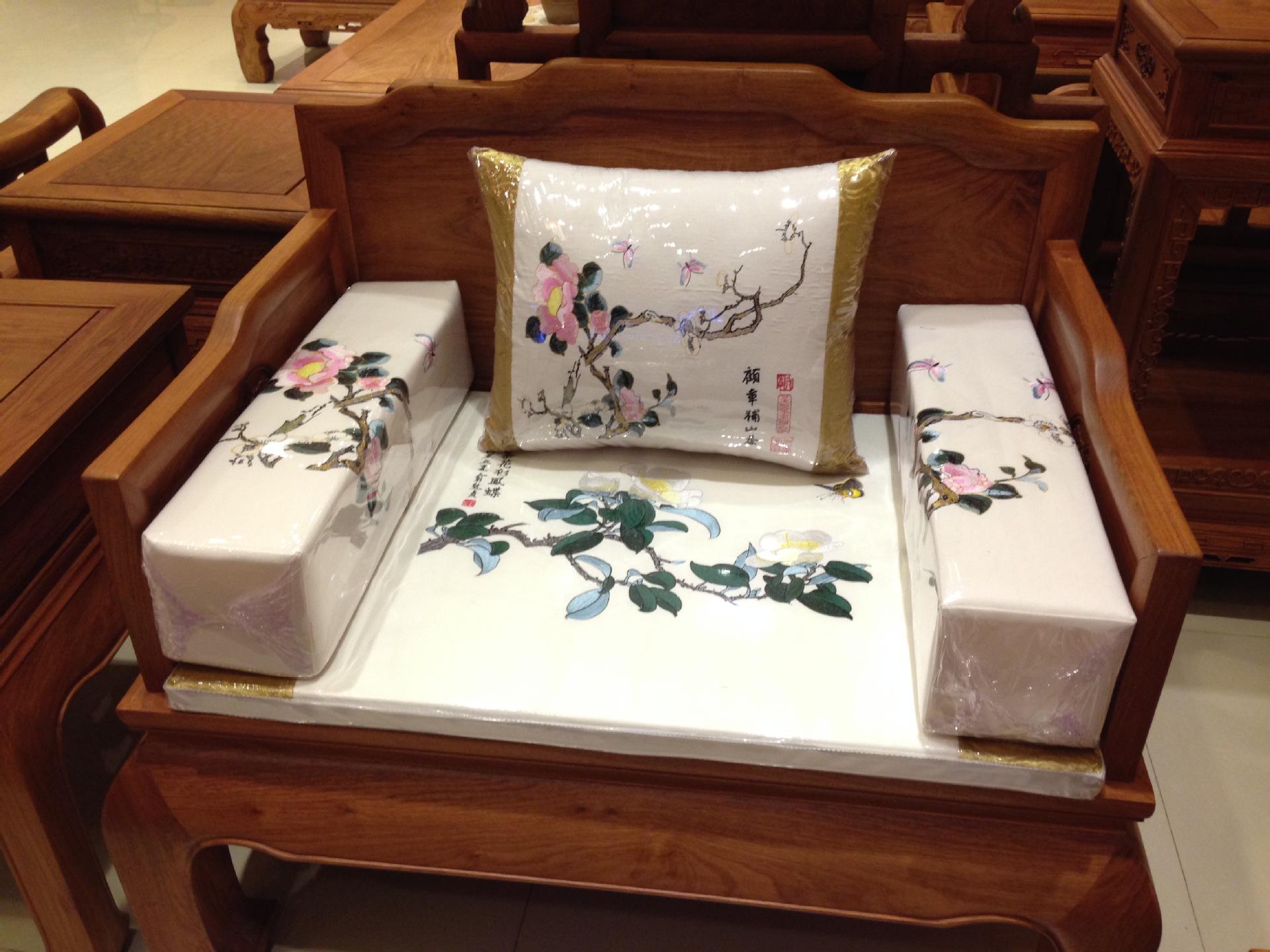 刺绣沙发垫 高档刺绣沙发垫 红木家具沙发垫 抱枕 扶手 阿里巴巴图片