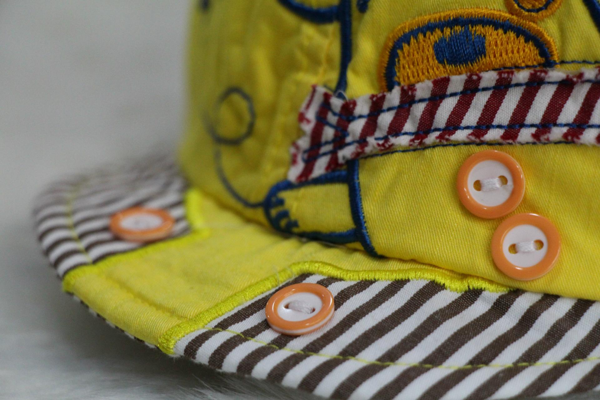 14新款嘟嘟啦小熊放风筝带舌帽 -价格,厂家,图片,帽子,李军图片
