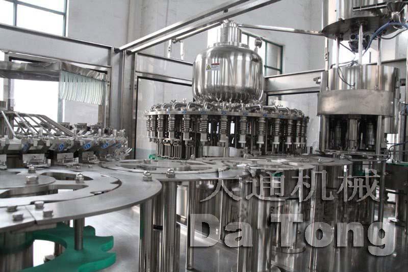 小型果汁饮料全套生产线500毫升-2.5升容量茶饮料全套生产