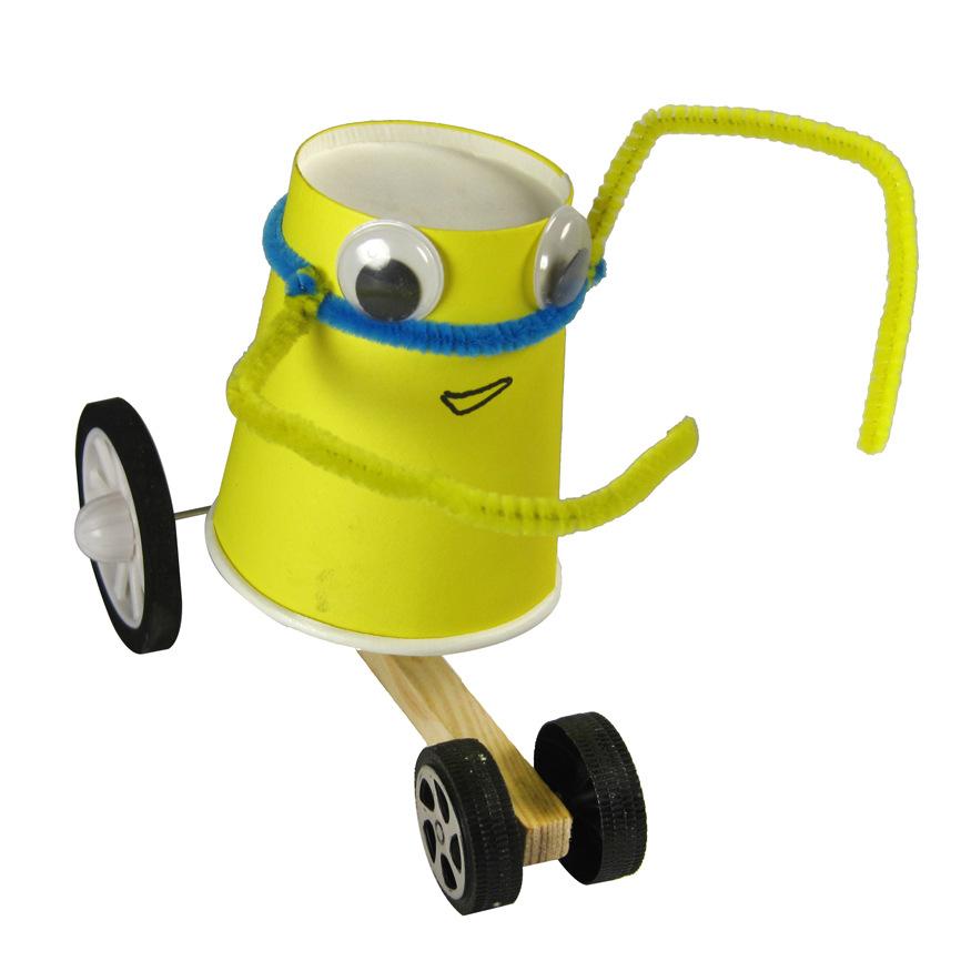 新款卡通拉线回力小车 科技小制作 纸杯外星人 拉线机器人